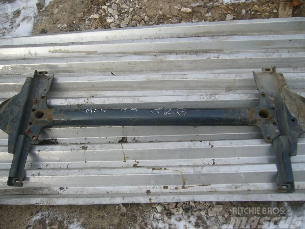MAN TG460A cross beam