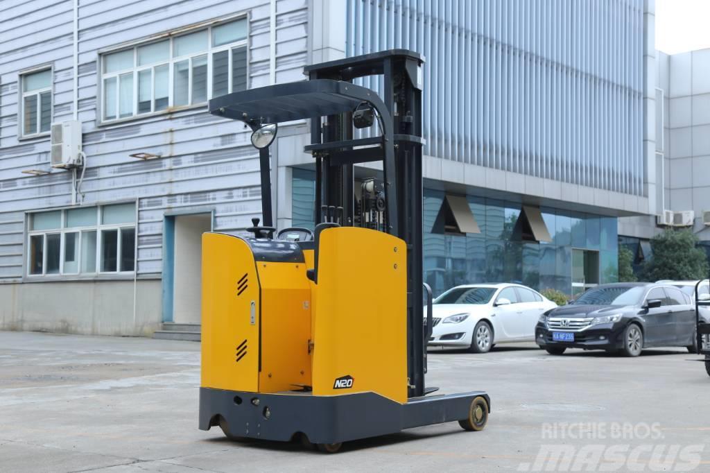 UN Forklift FBR25 2.5ton Stand-on Reach Truck Triplex 6000mm