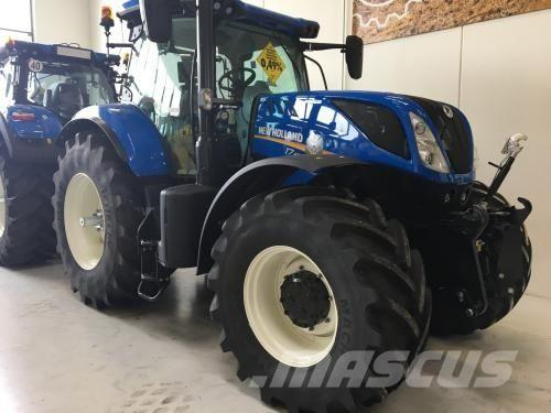 New Holland T7.270 AC T4B, 2016, Tractores agrícolas