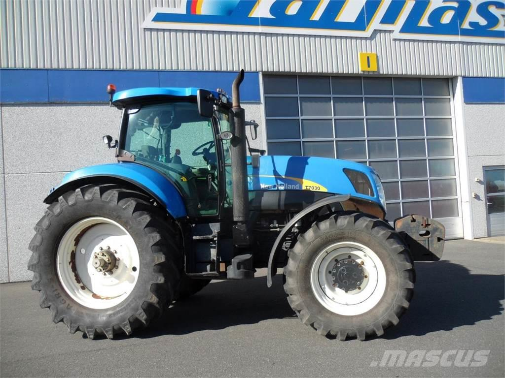 New Holland T7030 PC SS
