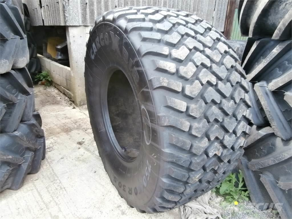 Michelin <![CDATA[750/60X30.5]]>
