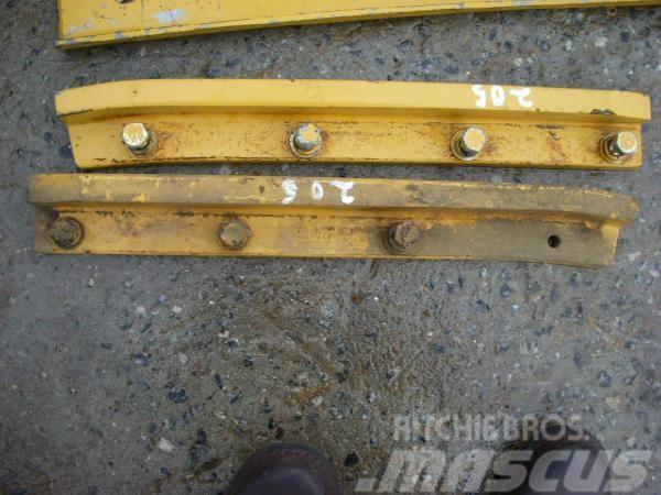Caterpillar (205) 5G9075 Schiene / strip