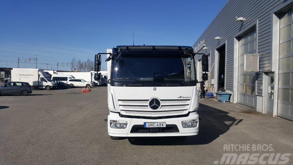 Mercedes-Benz Atego 1524 Höj/Sänk 18 pall