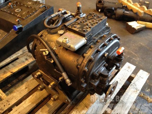 Timberjack 1210 Clark Powershift