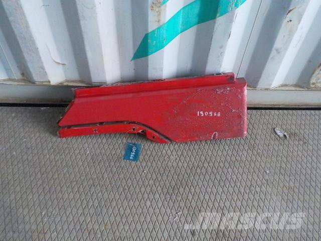 Volvo FH Fender extension left 3175929 2FH207 ME3175929