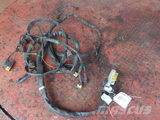 Scania P,G,R series Headlight wiring 1930085 1731020