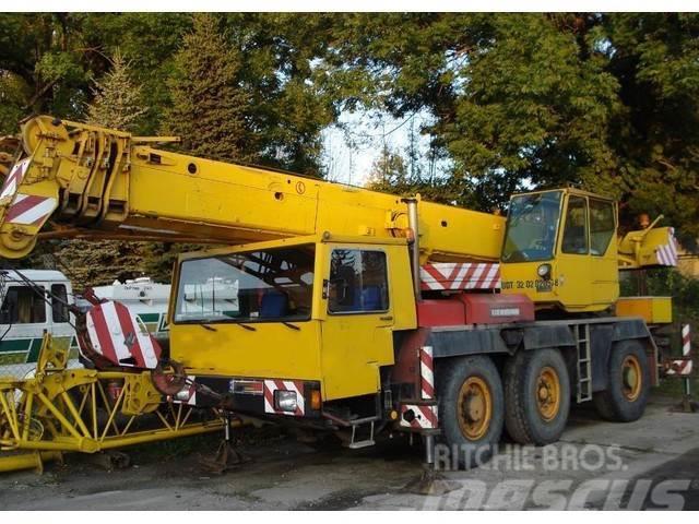 Liebherr -LTM 1040 40T-