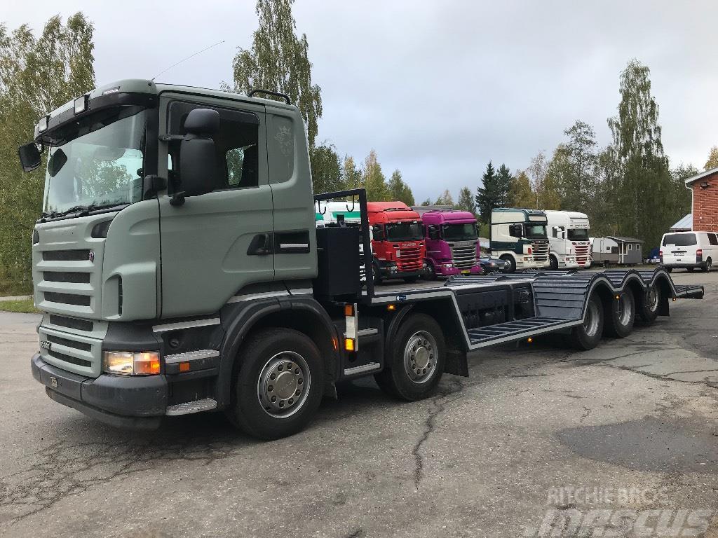 Scania R 10x4 metsäkoneenkuljetusauto kantavuus 27900kg