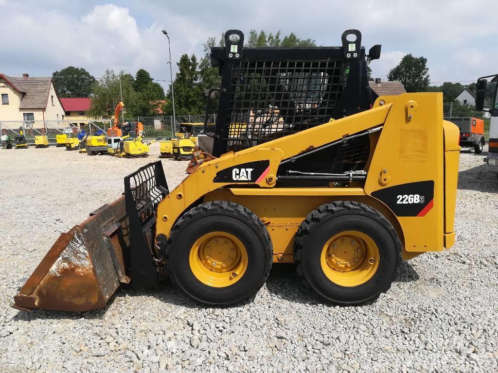 Caterpillar 226|BOBCAT S 130 100 553 150|GEHL 4240 226 B|JCB 1