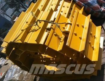 used komatsu d 85 a 18 undercarriage parts tracks year 2017 for sale mascus usa. Black Bedroom Furniture Sets. Home Design Ideas