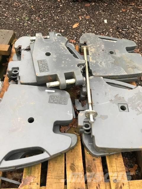 Massey Ferguson 12 x 55 kg front weights