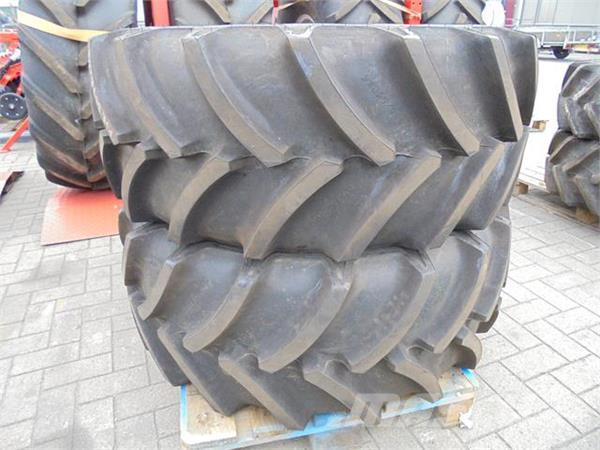 Goodyear 440/65R24 Optitrac