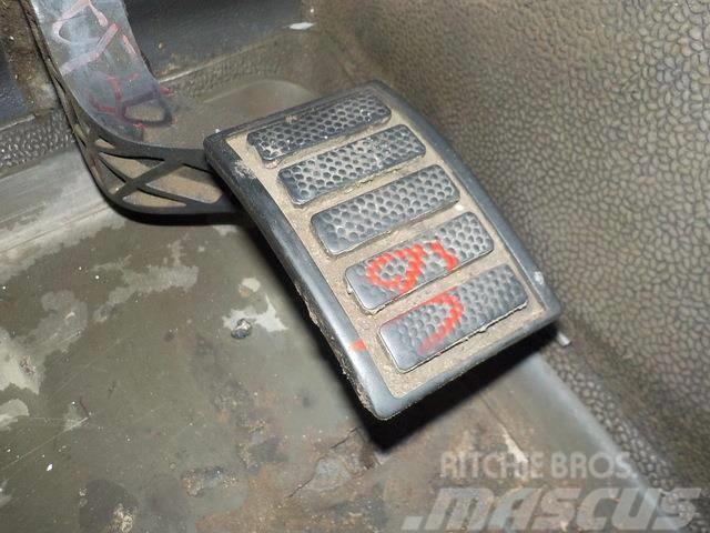 Volvo FH Acceletaror pedal 1063332 ME1063332
