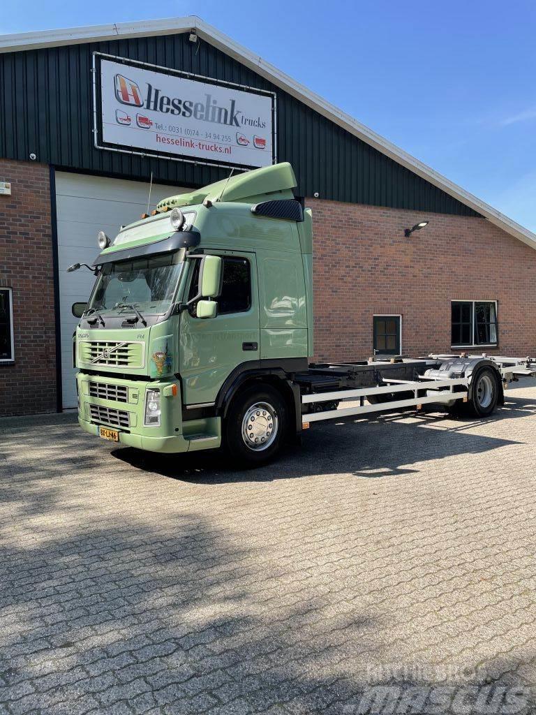 Volvo FM 330 4X2 EURO 5 LBW Standairco Xenon NL Truck