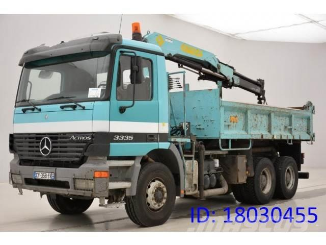 Mercedes-Benz Actros 3335