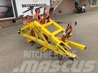 [Other] 6 rij schoffel machine