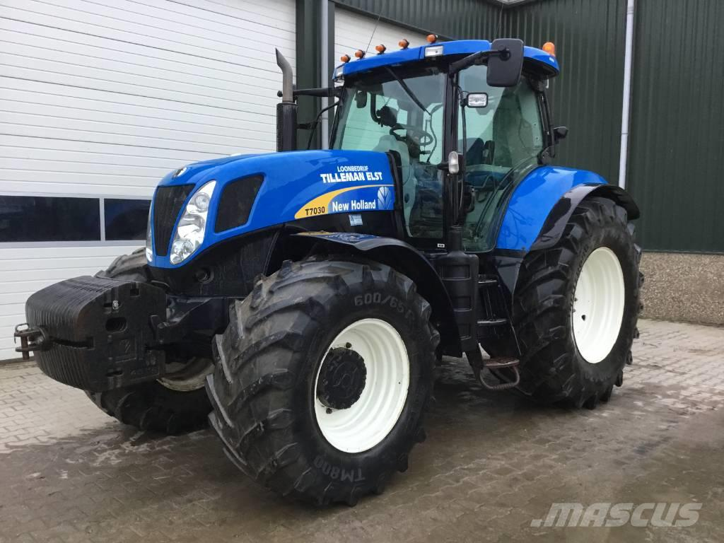 New Holland T7030  Tractor