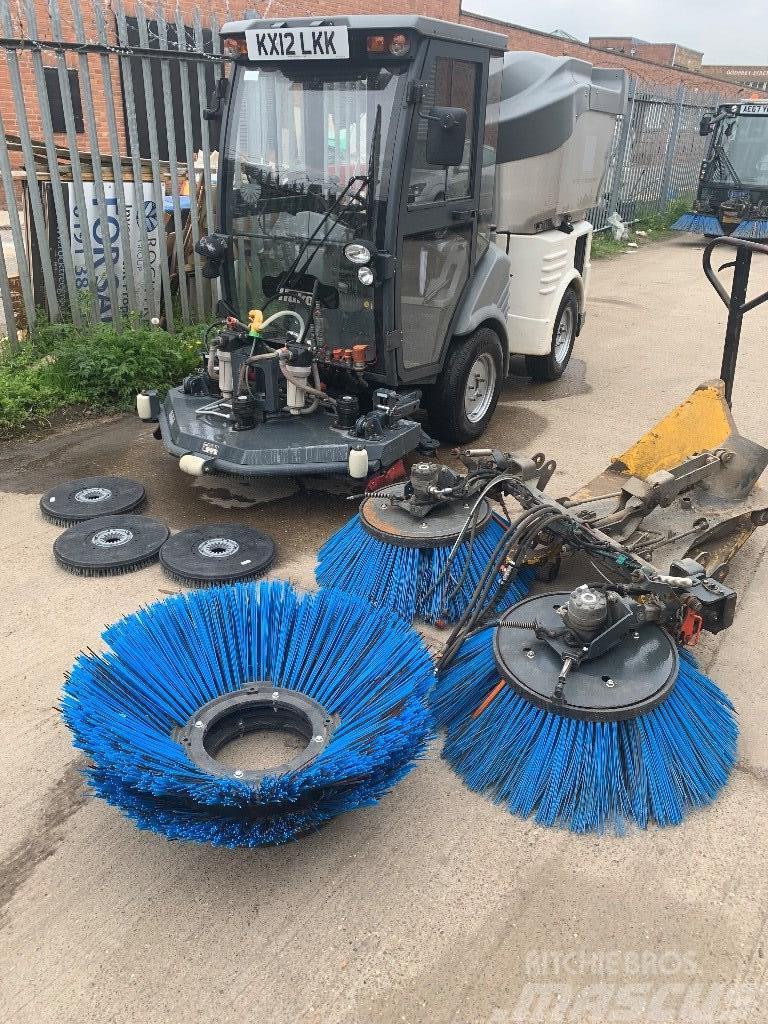 Hako 1200 sweeper /scrubber