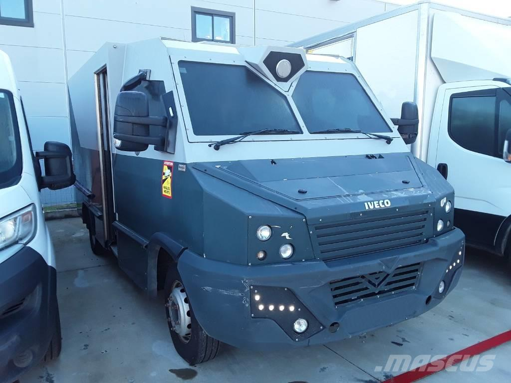 Iveco Daily 70C17 armored truck to transport money