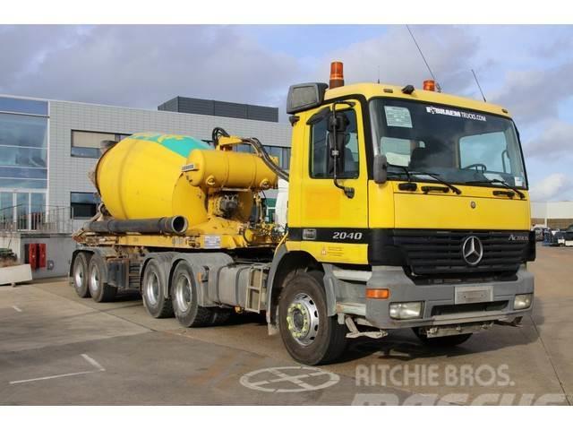 Mercedes-Benz ACTROS 2640-6x4 + SEMI LIEBHERR 10M3