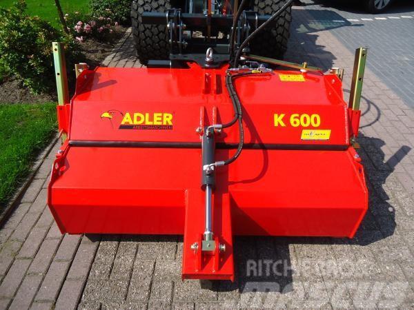 Adler K 600 Veegmachine aan giant, 2014, Inomgårdsutrustning