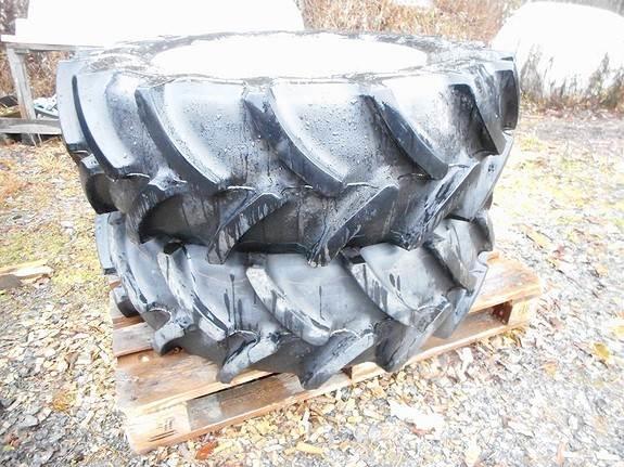Massey Ferguson HJULSETT 320/70R24