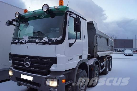 Mercedes-Benz 3244 tippbil