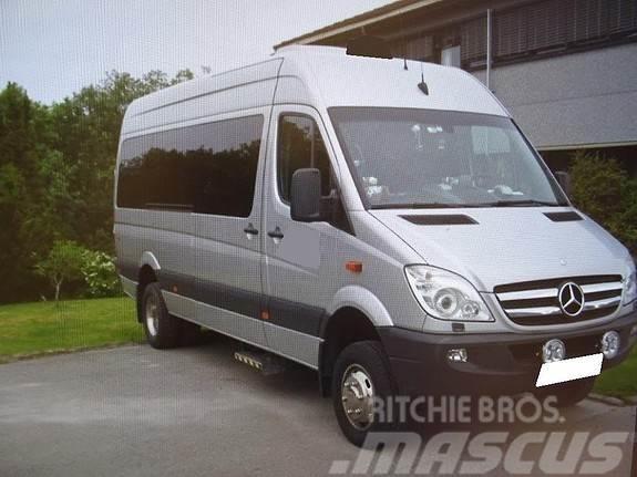 Mercedes-Benz 516/43 Minibuss