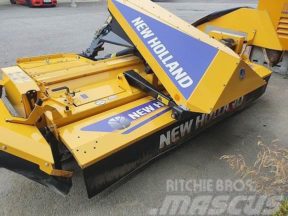 New Holland F320.m/crimper