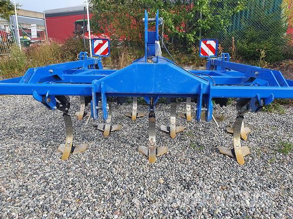 New Holland STC300RS