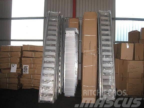 [Other] 5 tonn 4 meter M165