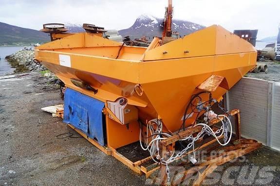 Schmidt 6m3 salt/ sandstrøer m/motor
