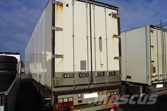 Schweriner 3 akslet Semitrailer