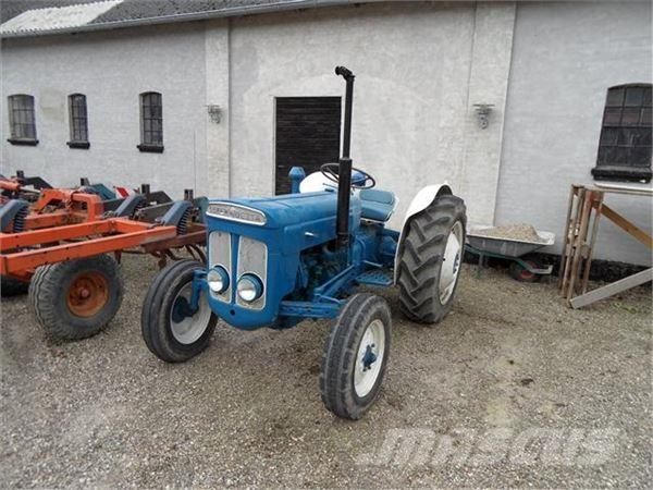 Ford Dexta Tractor Information : Used fordson dexta tractors price for sale