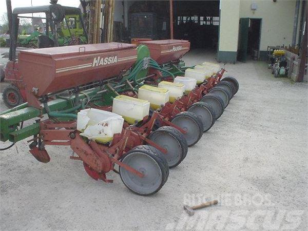 Hassia 8 Reihen Mais