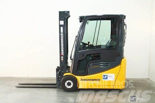 Jungheinrich EFG 216 k