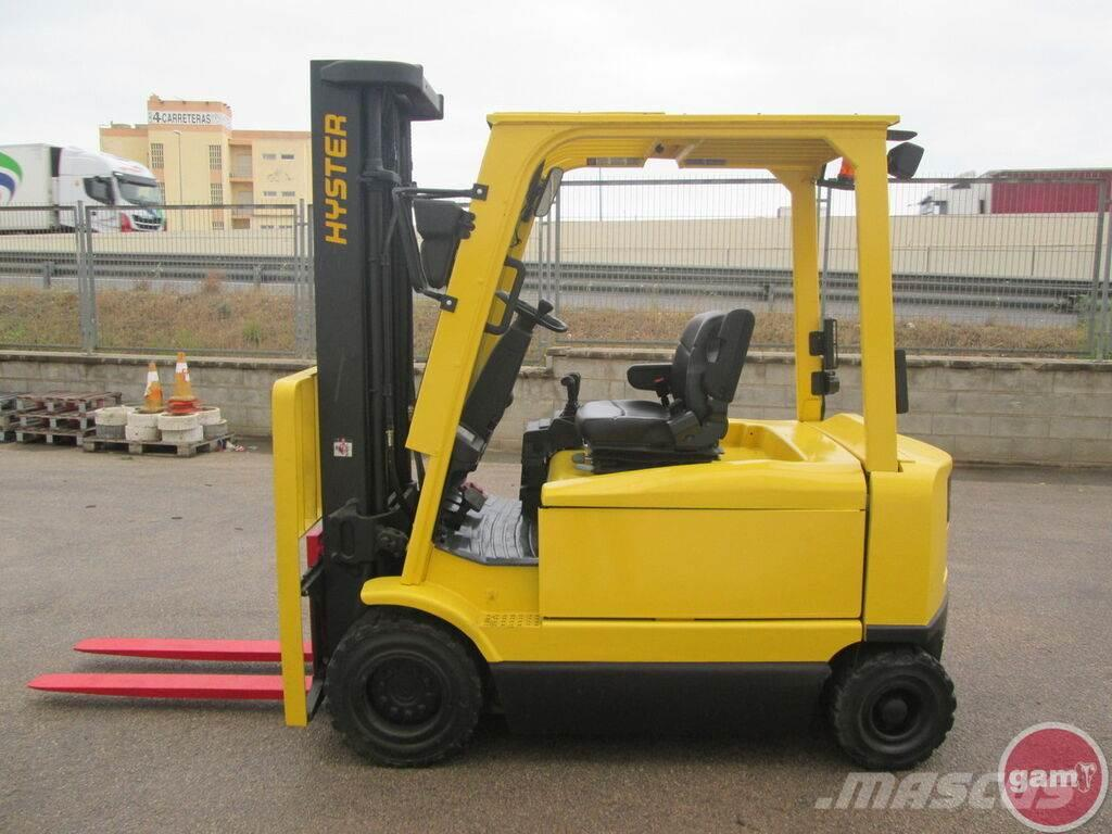 Hyster J3.20XM