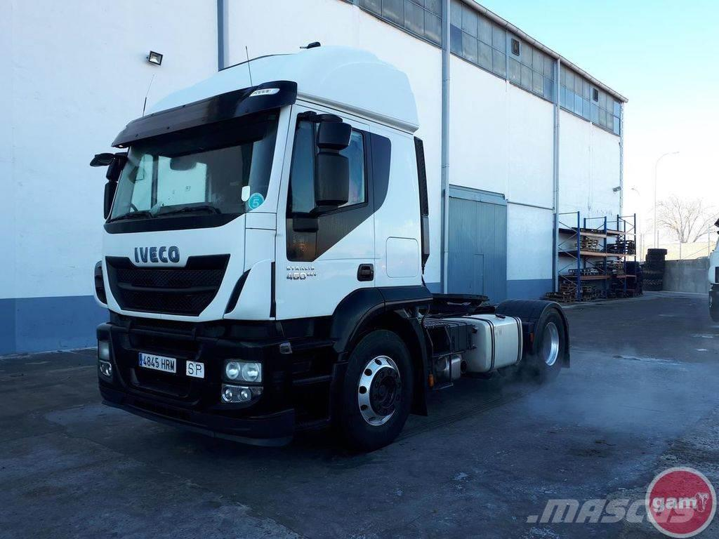 Iveco AT440S46