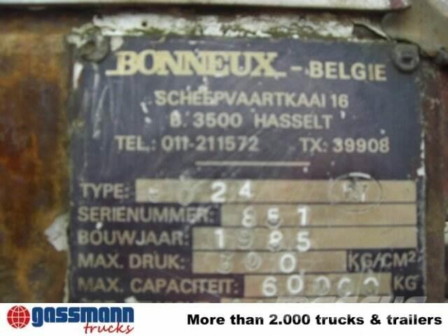 Bonneux (B) 6024 Kran, 1985, Övriga bilar