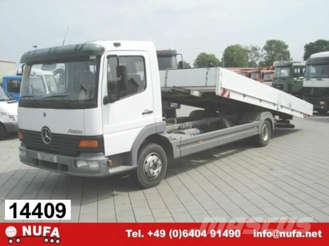 Mercedes-Benz Atego / 817L 4x2 / 4x2, 2002, Camiones de cama baja