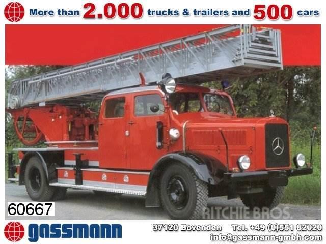 Mercedes-Benz L4500 Feuerwehr Drehleiter