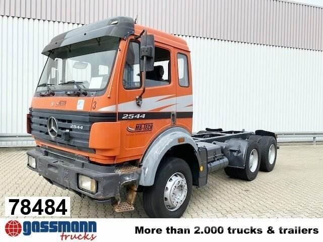 Mercedes-Benz SK 25/2644K 6x4 Chassis Truck