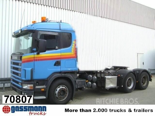Scania 144G 530 6x4 mit Kran Loglift F 215 Z