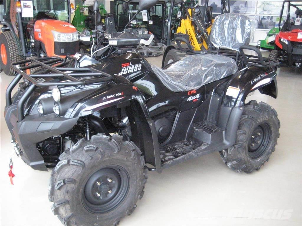 SMC 700 T3 EFI EPS Traktor