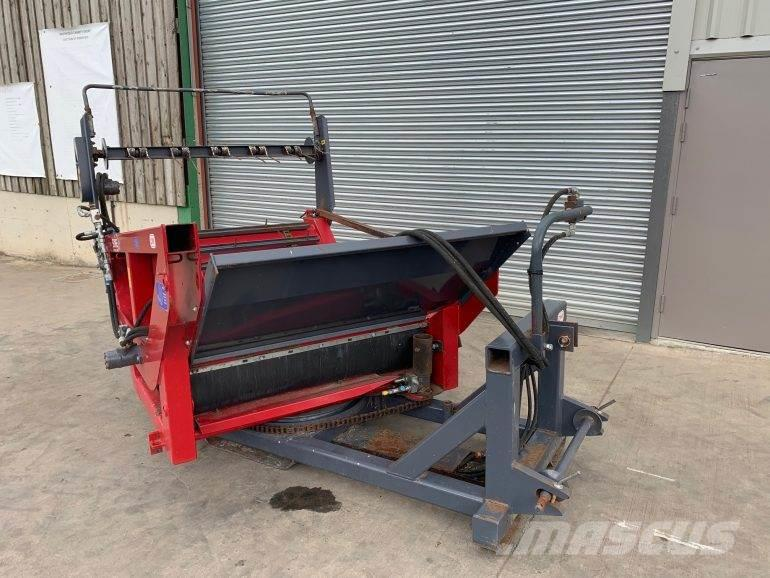 Suire Mounted Bale Unroller