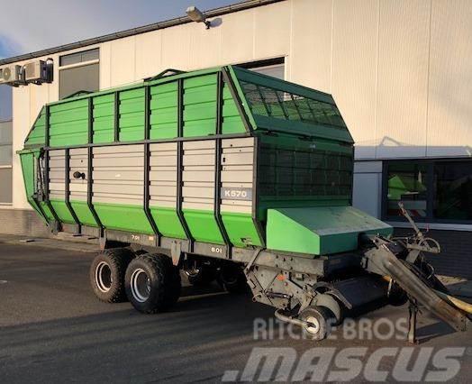 Deutz-Fahr K570 Opraapwagen