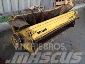 Record Clipper New Holland 8070
