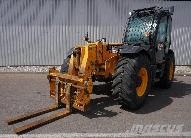 JCB 560-80 AGRI PLUS