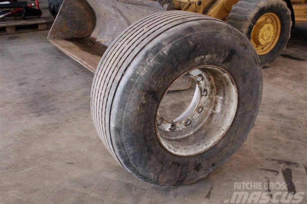 Michelin 425/55x19.5
