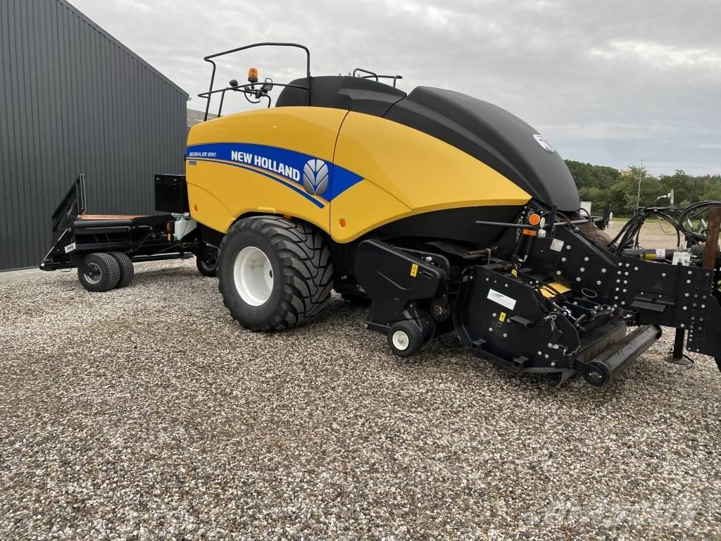 New Holland BB 890